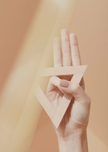 A Compendium of Hand Gestures